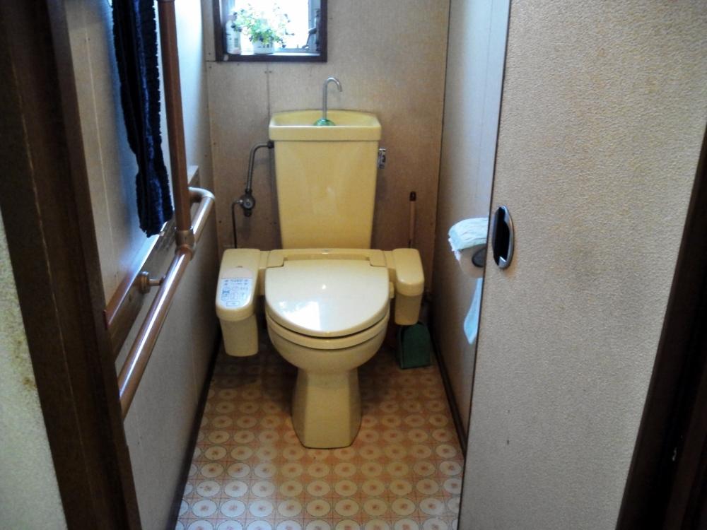 トイレのリフォーム Before